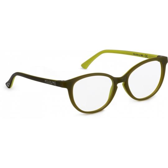 Light olive green / Yellow green